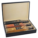 Les coffrets-cadeaux du Château de Berne existent en deux versions, carton ou bois.
