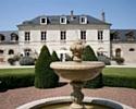 Aran Prod commercialise, entre autres, une offre de team building rallye en 2 CV au domaine de Barive, en Picardie.