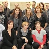 Quatorze commerciaux de Mediapost sont formés au marketing direct. Ici, avec leurs formateurs.