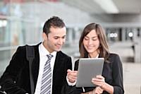 Smartphones et tablettes: une utilisation professionnelle en forte croissance