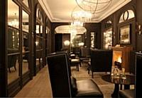 Salon du Newhotel Roblin à Paris.