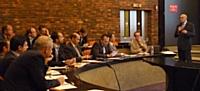 Alain Martin, président d'Optimark (à droite) accueille des clients et prospects le 5 juin au siège parisien de l'entreprise.
