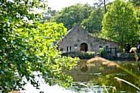 L'hôtel des Moulins du Duc propose aux entreprises de fédérer leurs équipes autour d'ateliers cuisine.
