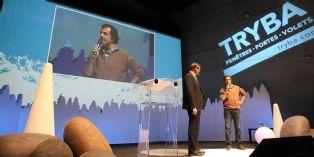 Johannes Tryba, président de l'entreprise, et Nicolas Vanier, lors de la convention du réseau.