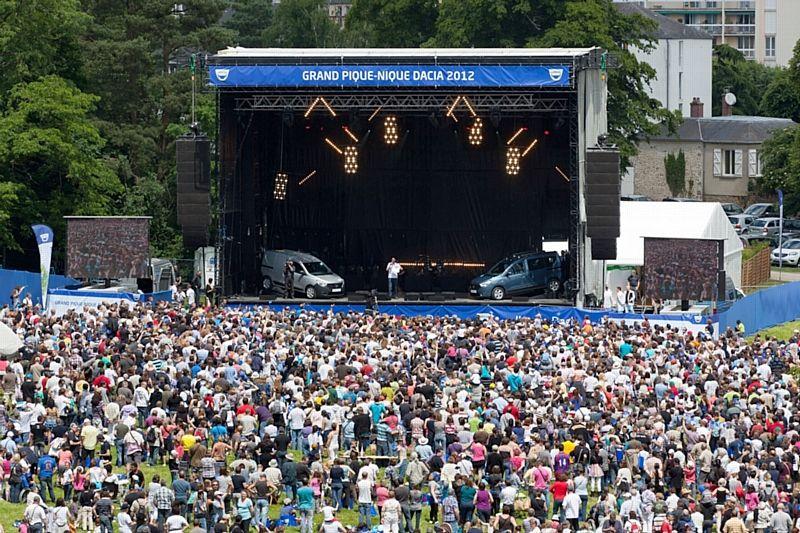 12 000 fans au pique-nique Dacia