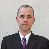 Pascal Brassier, enseignant-chercheur en management commercial et négociation au sein de FBS Clermont.