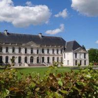 En Haute-Normandie, l'Abbaye du Valasse accueille les entreprises dans douze salles de réunion et une grande halle de 2000 places.