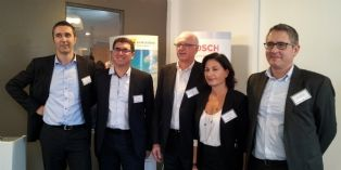 L'équipe de direction de Bosch e.l.m leblanc avec, au centre, Philippe Ménon, son président, et, à sa droite Frédéric Minckes, directeur commercial lors de la présentation de la stratégie le 26 novembre 2014 à Paris