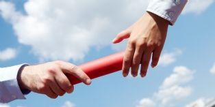 Départ d'un commercial : 6 conseils pour bien gérer la transition