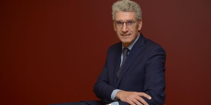Florent Huille, Directeur commercial de la branche services-courrier-colis de La Poste