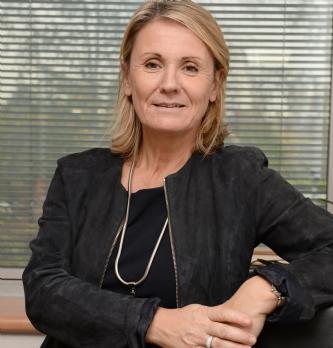 Geneviève Louis-Hooper (Intersnack) impose sa nouvelle marque auprès des hypermarchés