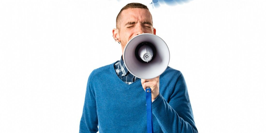 Echos du web : CRM, Super Commercial, managers et commerciaux trop bavards [semaine 17]