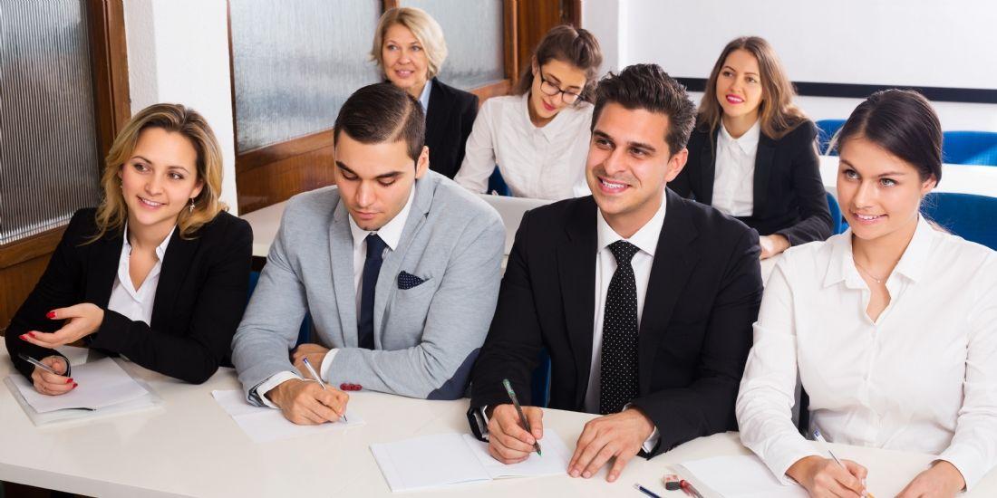 Et si vous recrutiez un commercial en alternance ?