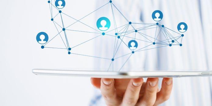 Les managers doivent prendre le virage des réseaux sociaux