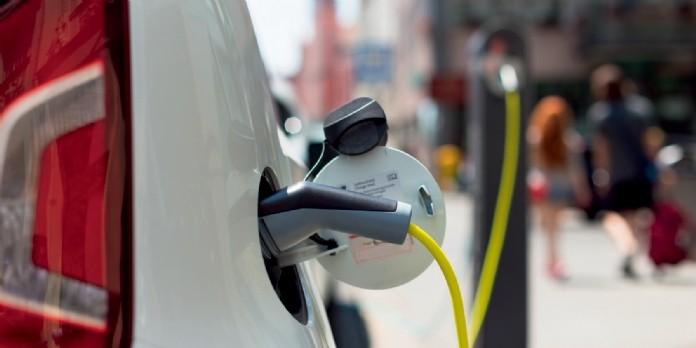 Véhicules électriques : quid des commerciaux ?