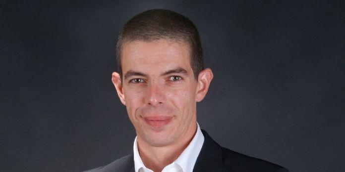 Julien Champagne est nommé Sales Director France de FireEye